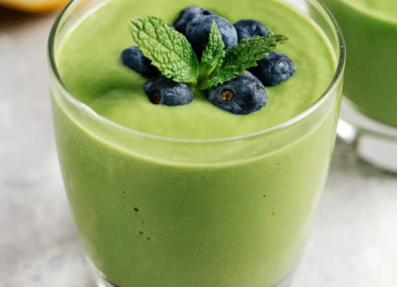 Micro Green Fruit Smoothie